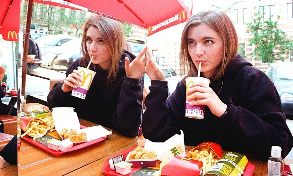 10 Scary Side Effects of Eating Fast Food